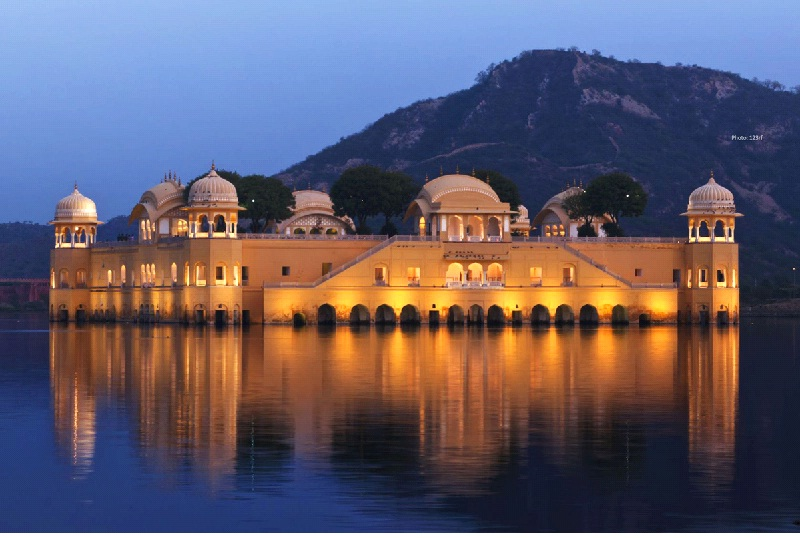JAIPUR- THE CITY COLORFULL