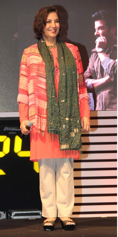 Shabana Azmi in Khadi Kurta at colors show