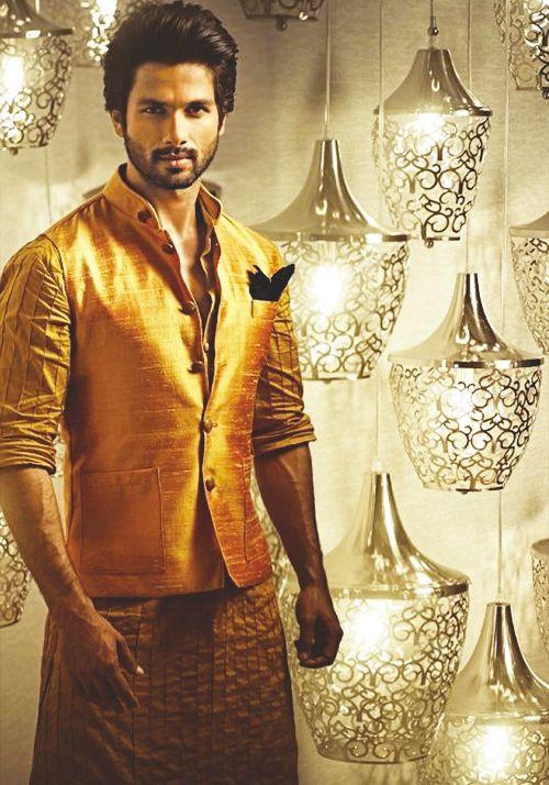 Shahid Kapoor in Waiscoat
