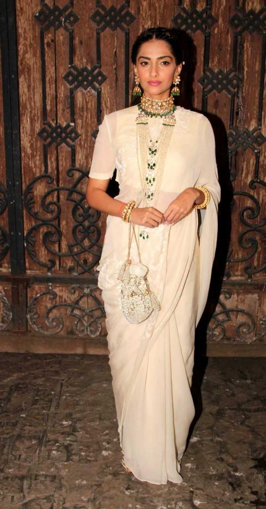 Sonam Kapoor in sari