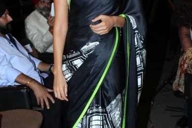 Jazz Up The Saree Look