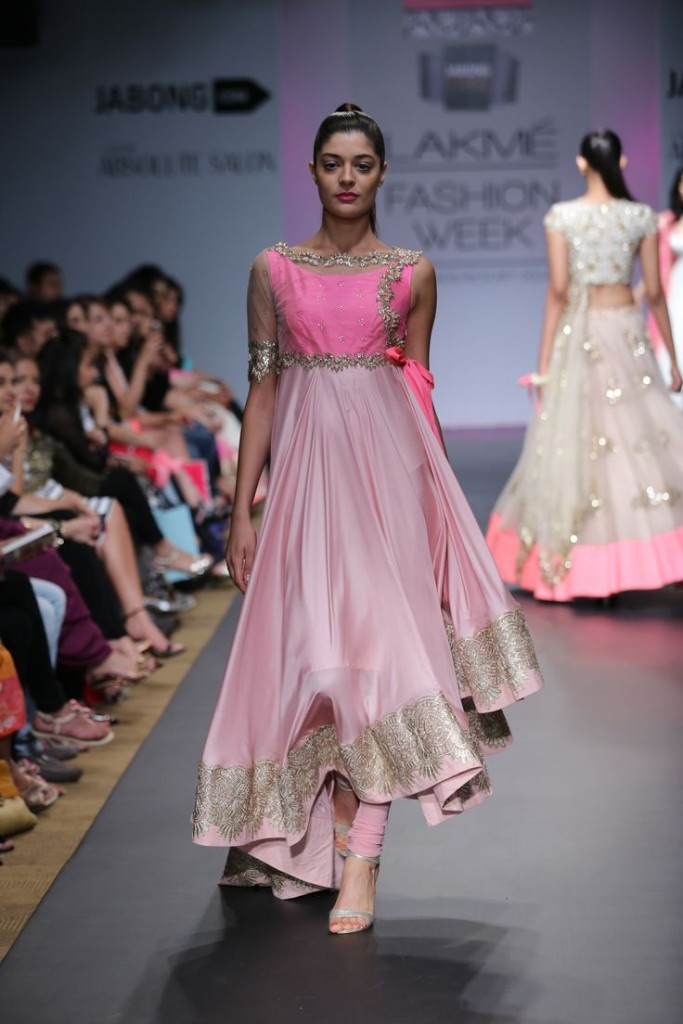 Asymmetric Anarkali