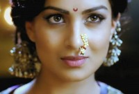 Marathi style bindi