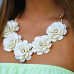 Must Have Neck Pieces For Your Wardrobe