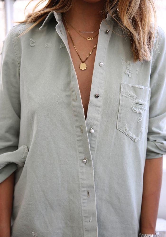 Short Multi layered neckpeice