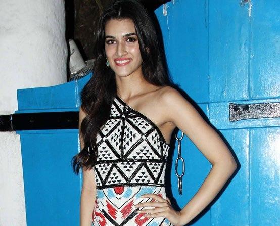 Kriti Sanon Off shoulder dress