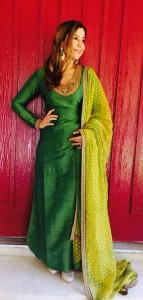 Kurta with neck embroidery