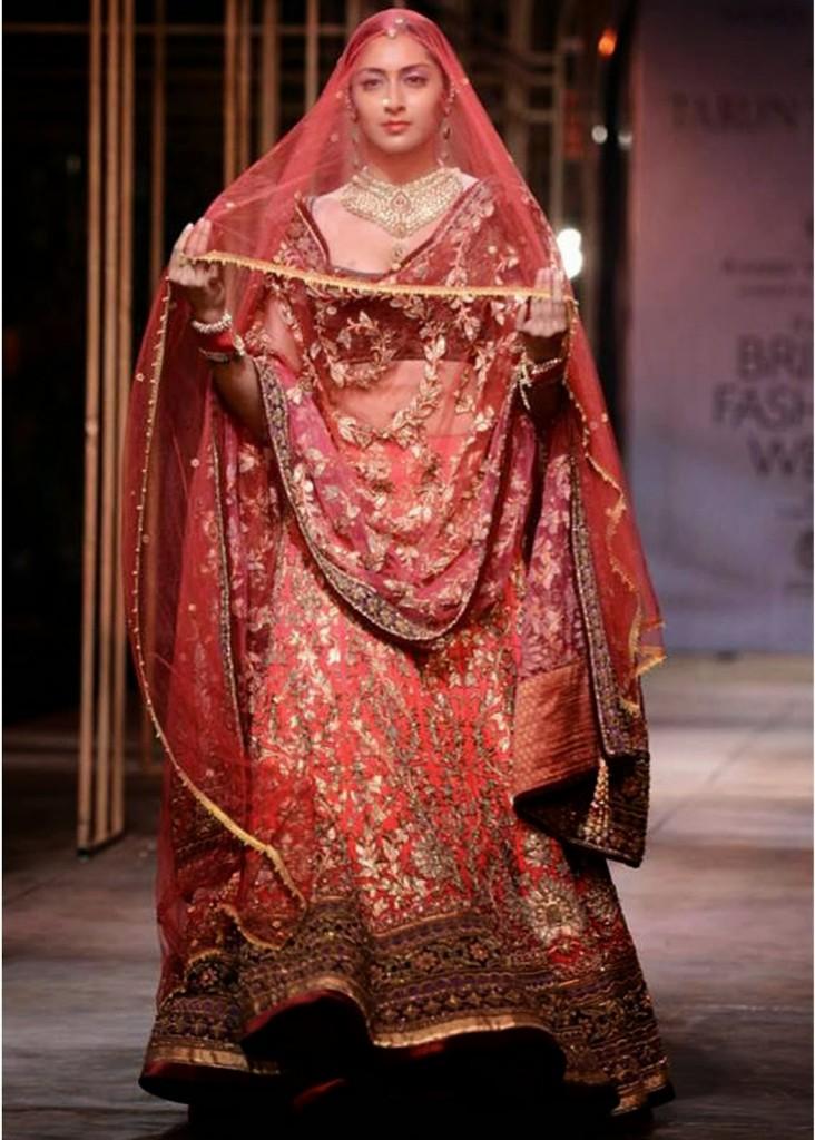 Double Dupatta Style For Brides