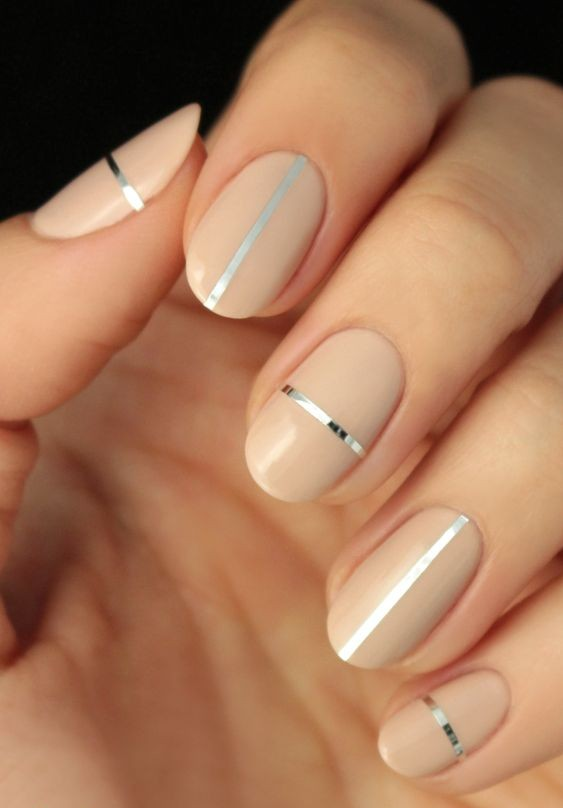 Simple Nail Art Ideas With Metallic Foil | Threads