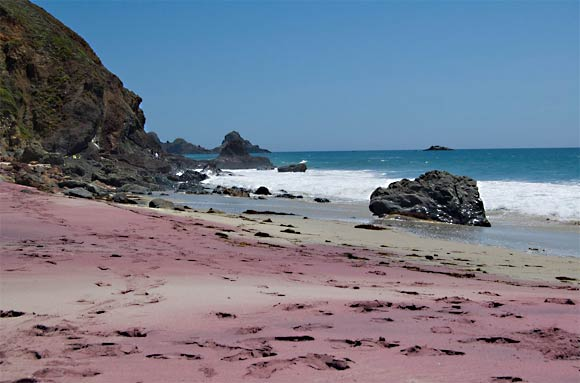 Purple sand beach, California