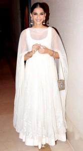 Sonam Kapoor In white Anarkali