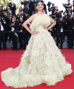 Sonam Kapoor in white Gown