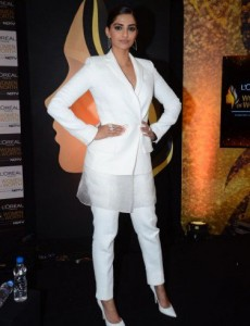 Sonam Kapoor In white Pant suit