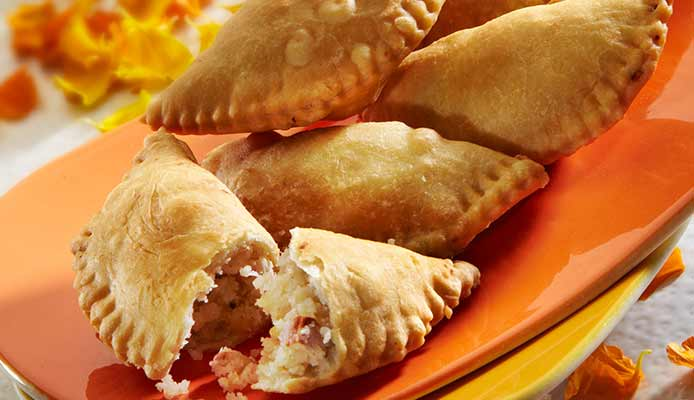 Gujiya for holi
