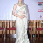 How To Style A Plain Saree
