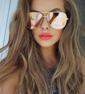 Coral Lipstick for summer