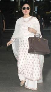 Kareena kapoor in white kurta palazzo