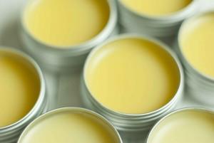 Make natural lip balm at home