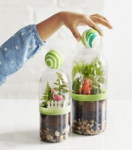 Plastic bottle zipper container