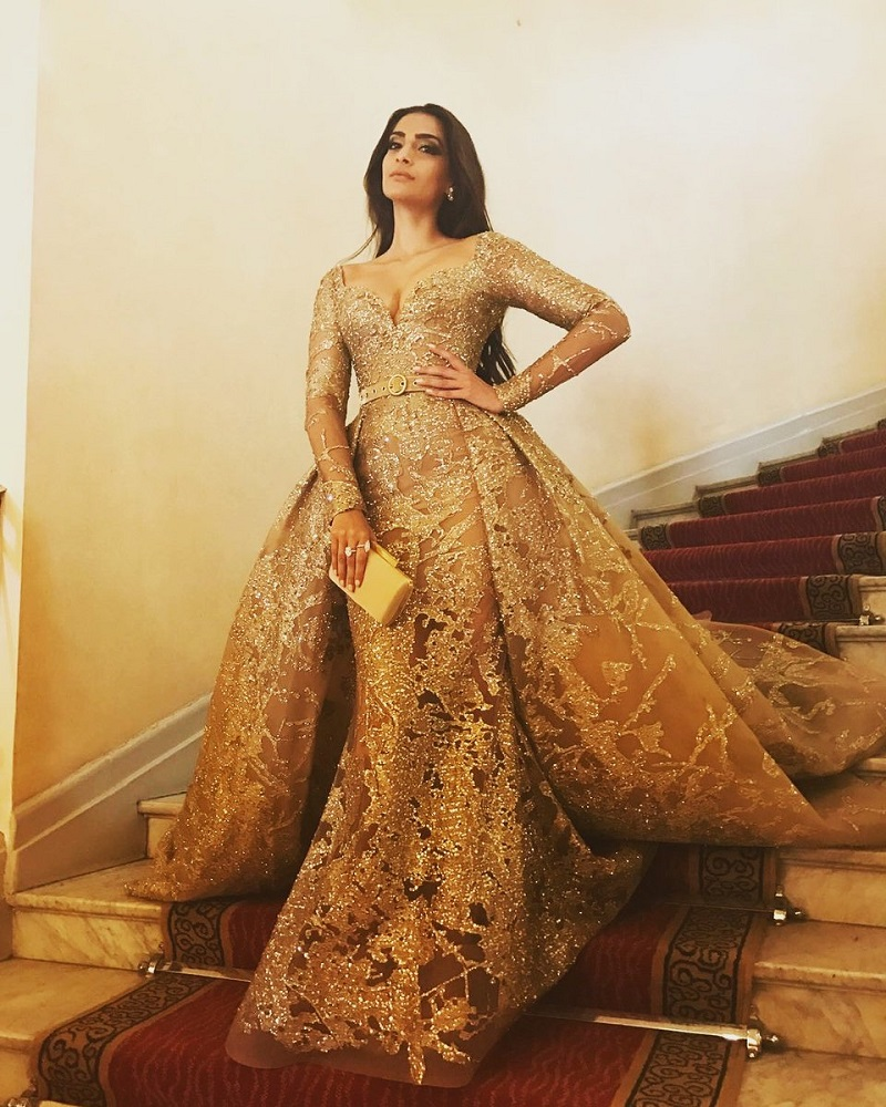 Sonam Kapoor in a gold Elie Saab gown 1