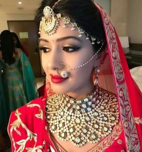 Bolra nose pin for brides