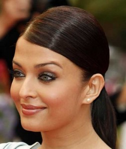 Aishwariya Rai in nude makeup
