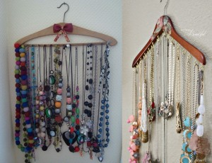 Hanger for jewelry display