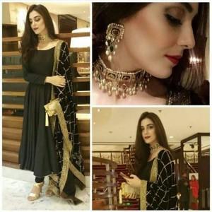 Traditional Jewellery with Black kurta