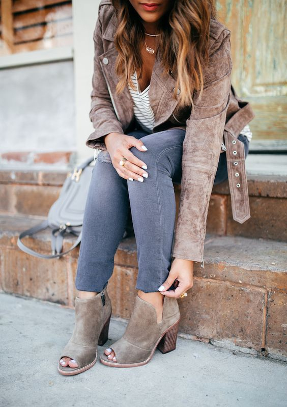 Peep toe boots for winters