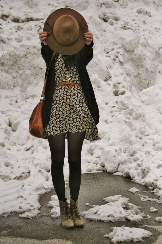 how to wear tights in winters-
