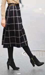 how to wear tights in winters