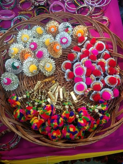 Indian Wedding Return Gift Ideas: Favour Ideas For Mehndi Function