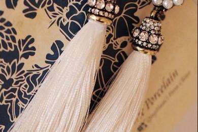 Tassel earings with pearls