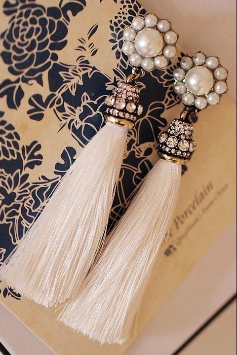 Tassel earings with pearlsTassel earings with pearls