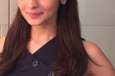 6 Loose Hair Hairstyles- The Alia Bhatt Way