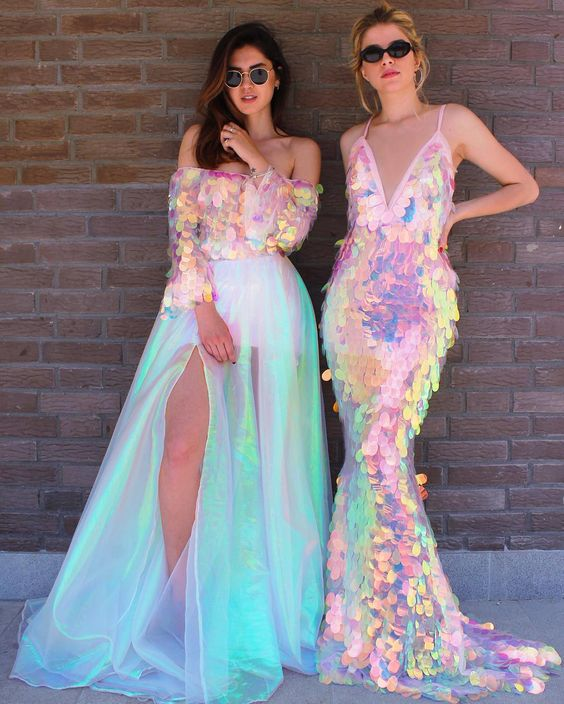 Holographic gowns