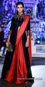 Long kurta with saree