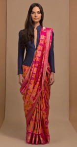 Structured jacket for saree