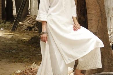White kurta palazzo for summers