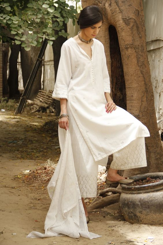 White kurta palazzo for summers