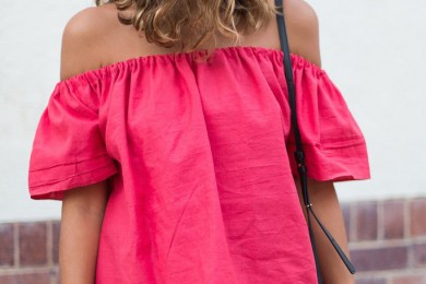 DIY: Convert An Old T-shirt Into An Off Shoulder Top And Choker