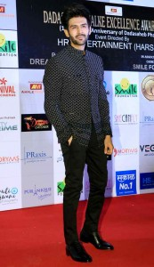 karthik Aryan at Dadasaheb Phalke awards