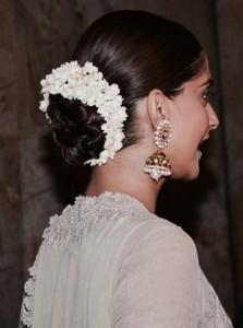 Gajra Hairstyle for Onam