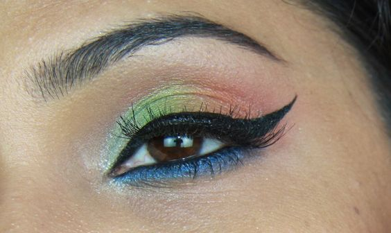 Independence day eye makeup