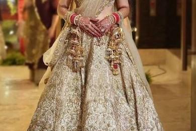 Off white lehnga, unusual bridal lehngas