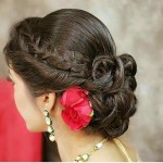 Easy Hairstyle Ideas For Navratri