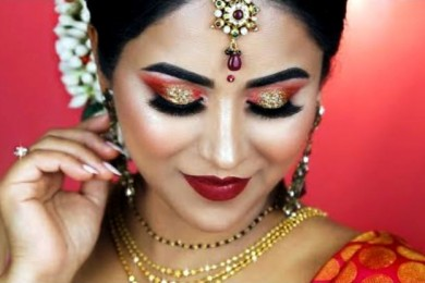 Look Flawless With This Makeup For Karvachauth