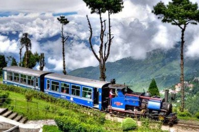 Darjeeling honeymoon destination in India