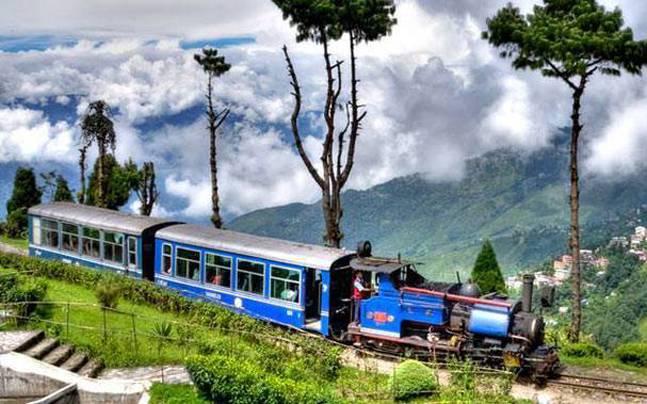 Darjeeling honeymoon destination in India