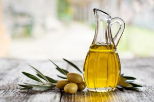 Olive oil as natural makeup remover